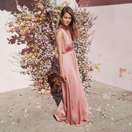 H&M's New Bridesmaids Dresses Are Gorgeous & Affordable