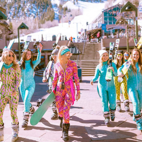 7 Mountain Glam Hotels in Aspen for Bachelorette Parties