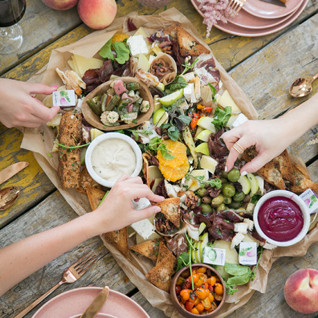 How to Create the Perfect, Stress-Free Fall Gathering in 6 Easy Steps
