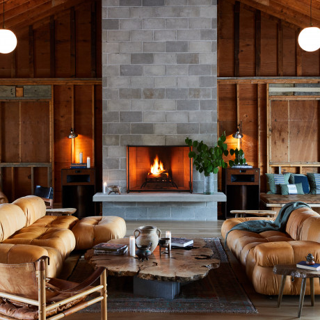 US Fireplaces to Cozy up to This Winter