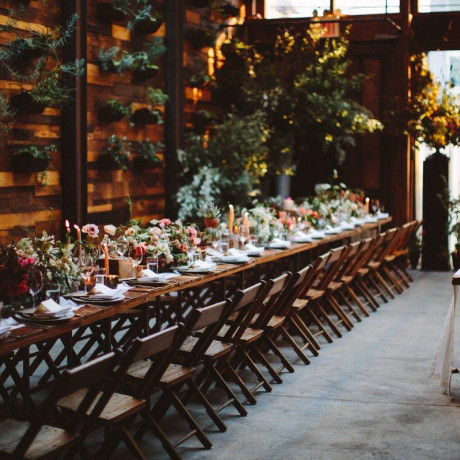 How to Throw An Engagement Party in 10 Steps