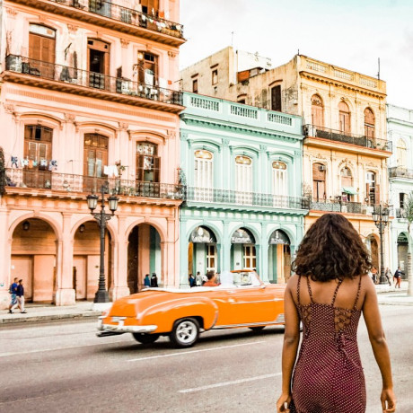 5 Ways to Make Traveling by Yourself a Breeze