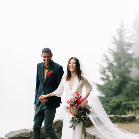5 Reasons You Should Plan an Anniversary Shoot ASAP