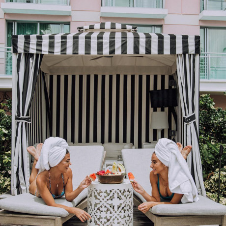 15 Reasons This Resort Is Your Bachelorette Party Destination