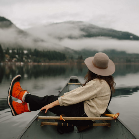 Girls Getaway Guide To Traveling Through Canada's Wilderness
