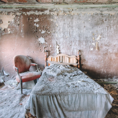 10 of the Most Frightening Haunted Hotels Across the US