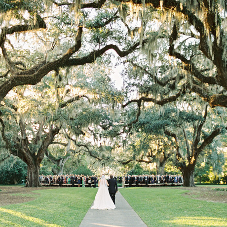 16 Picturesque South Carolina Wedding Venues