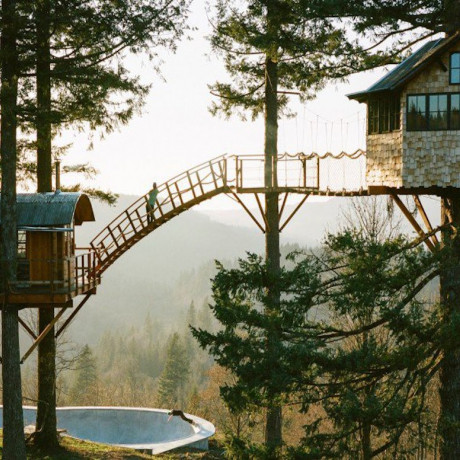 28 Of The World's Most Amazing Treehouses