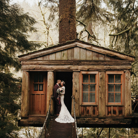 20 Seriously Stunning Washington Wedding Venues You'll Love