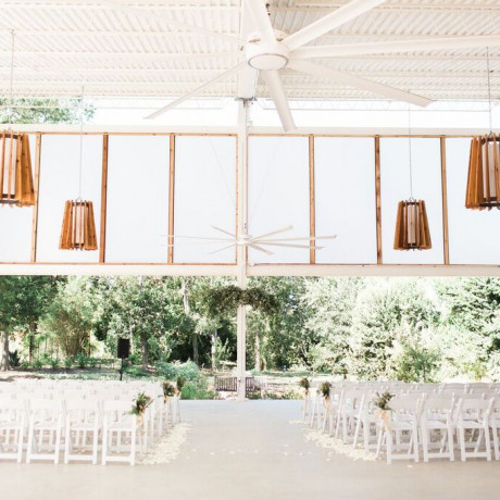 20 Unique & Extraordinary Wedding Venues in Austin