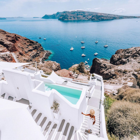 Santorini Called: It Said You Should Plan Your Group Getaway Right Now