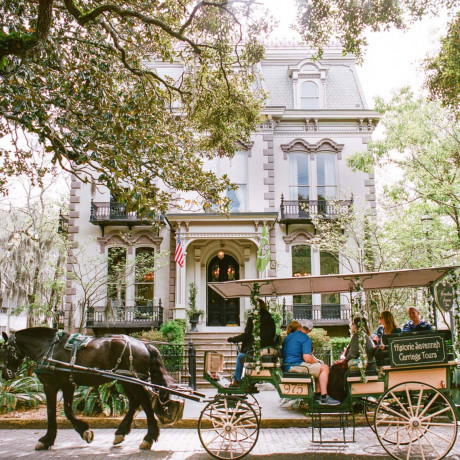 Traveling to Savannah? Here's the Only Guide Your Group Will Need