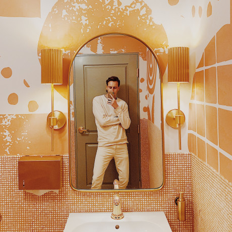 10 of Southern California's Best Bathrooms for Selfies, According to Our Designer