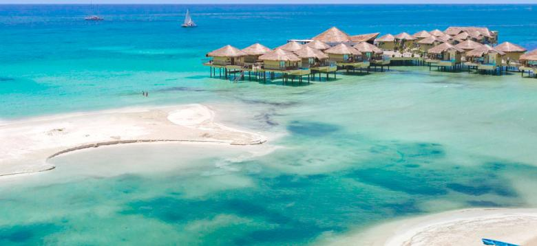 Mexico's First Overwater Bungalows Are Here & They Don't Disappoint