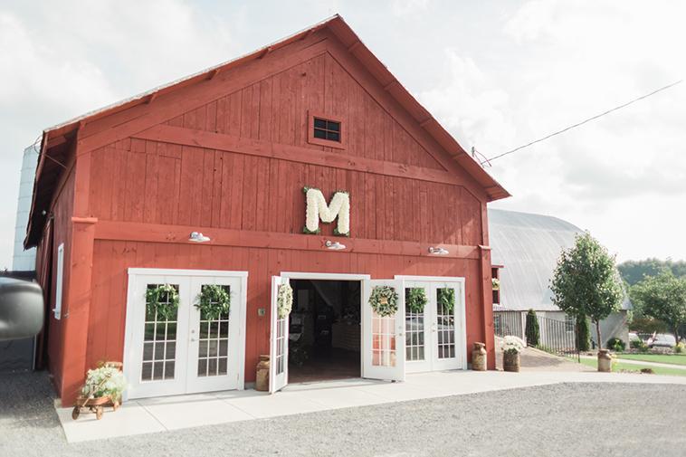 Barn Wedding at Hayloft on the Arch