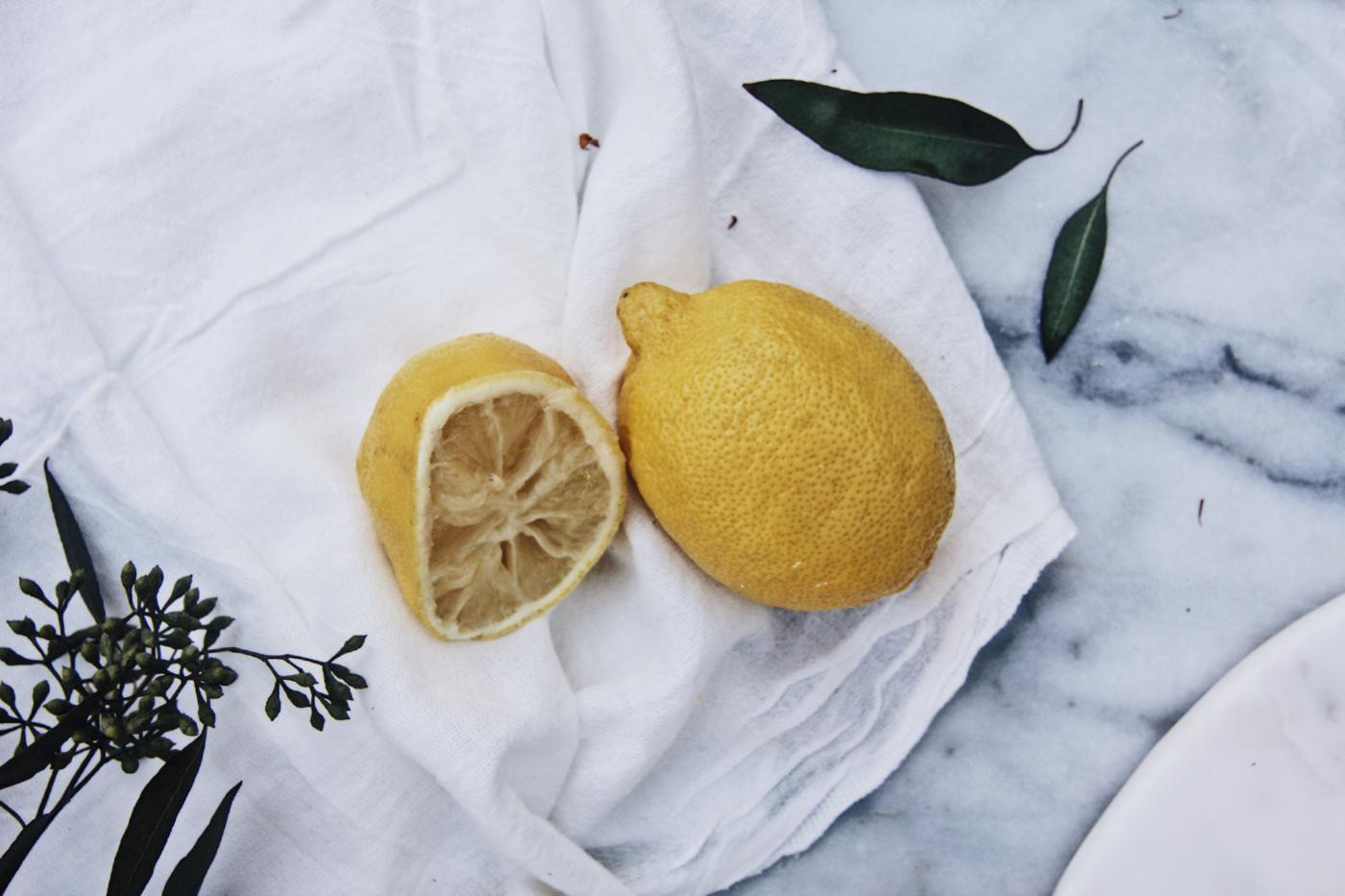 lemon face mask to refresh acne prone or red skin