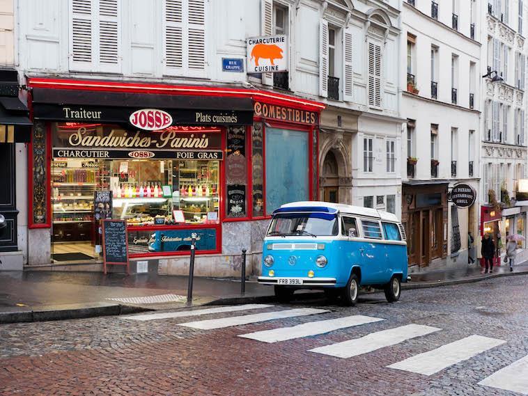 Stroll through Paris's movie like local markets. Click here!