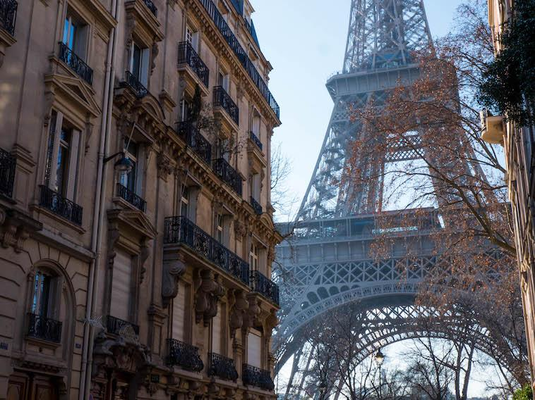Here's where to get the best photos of the Eiffel Tower!