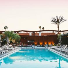 We've Been Spotting This New Palm Springs Hotel All Over Social Media