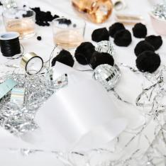 3 Different Ways To Gift Wrap With Your Girls This Holiday Season