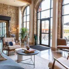 This Cliffside Prohibition-Era Brewery Is Now a Chic Hotel