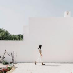 This Sophisticated Farmhouse in Puglia Will be Summer's Hotspot