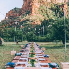 Sweeping Views, Shooting Stars, and Bourbon Citrus Honey Cake: Introducing The Dreamiest Desert Dining Experience