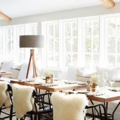 You Will Want to Make Dinner Reservations at This Boutique Inn ASAP