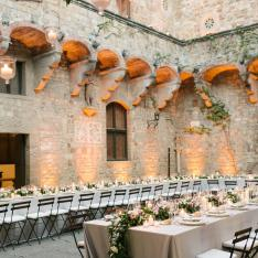 Whoa, This Couple Got Married in an Ancient 1,000 Year Old Castle