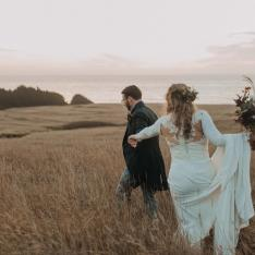 A Steampunk Wedding in Northern California Finds the Perfect Backdrop