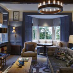 A COUNTRYSIDE CHIC ESTATE : DORMY HOUSE: ENGLAND
