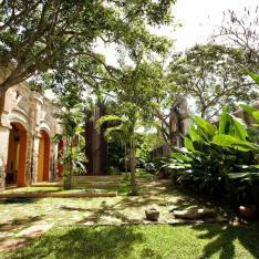 Hacienda Sac Chich + Casa Sisal