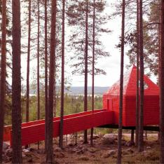 History Lesson: This Couple Built a Hotel up in the Trees