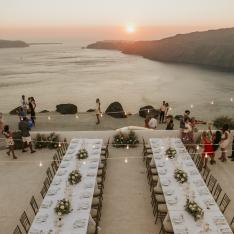 This Santorini Wedding Had the Most Amazing Oceanfront Reception