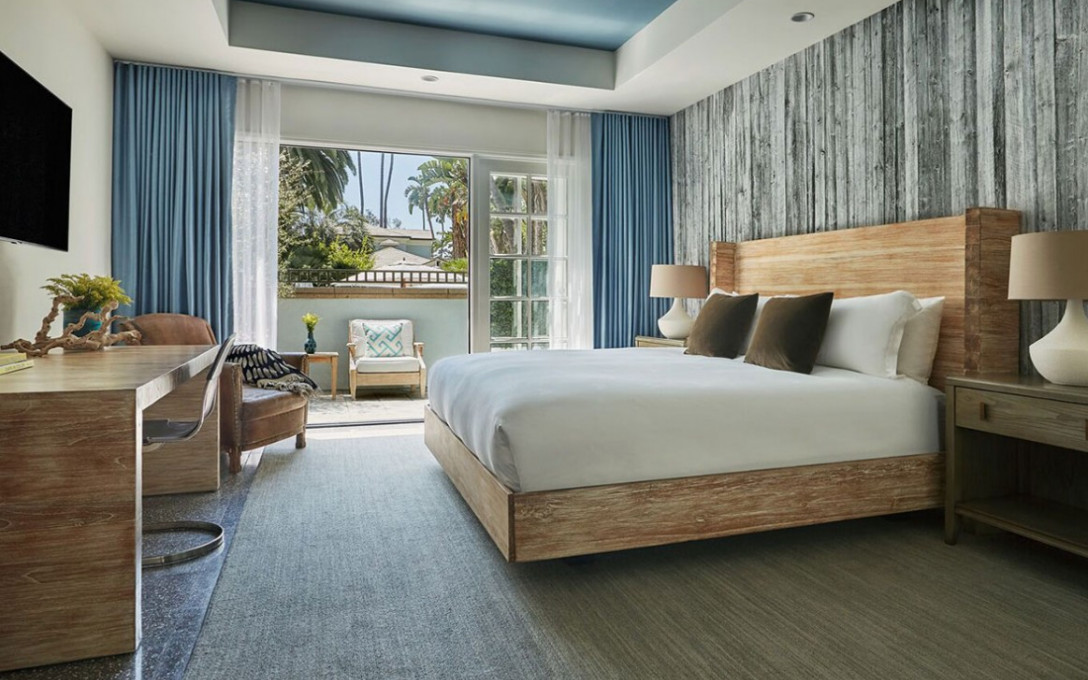 Bed & Breakfast Package at Fairmont Miramar Hotel & Bungalows
