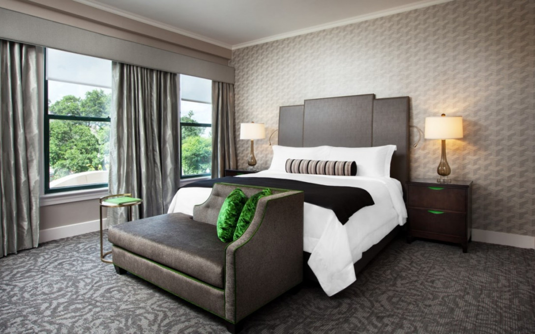 Cocktails & Breakfast Package at St. Anthony Hotel