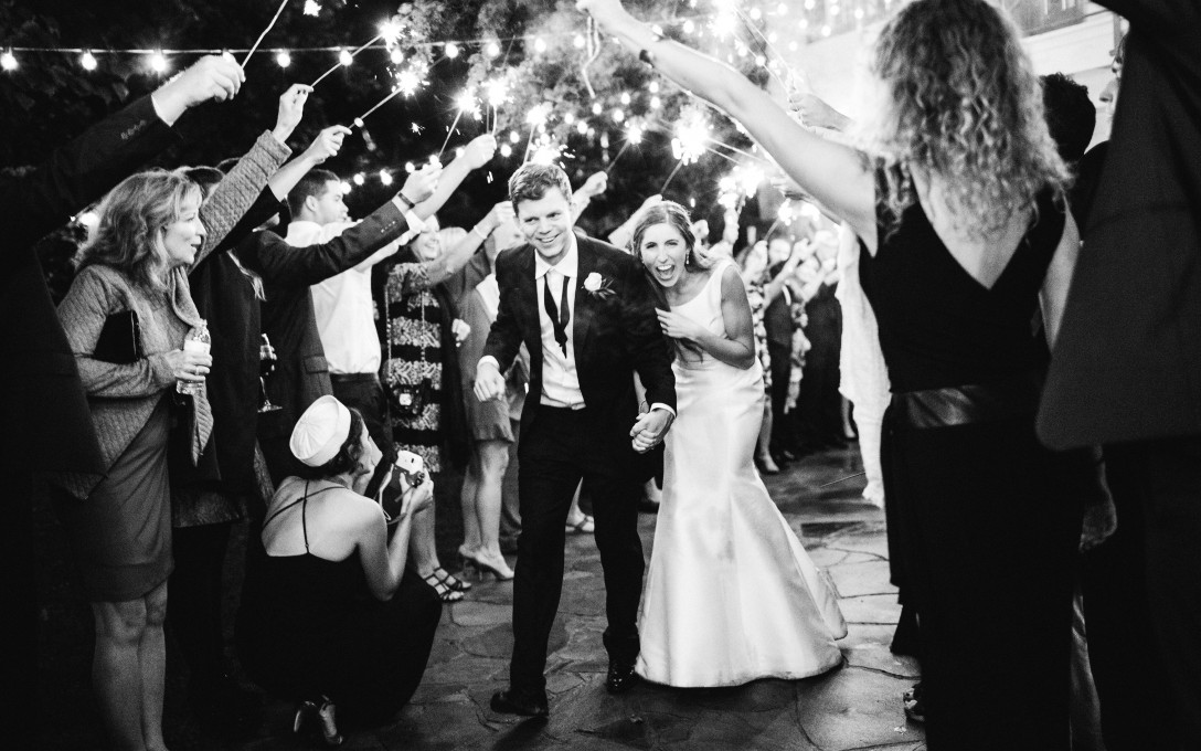 Book your Spring or Summer 2017 Wedding and receive $1,000 discount!