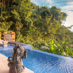 Enjoy 30% Off Stays of 4 Nights or More at Casa Chameleon Mal Pais