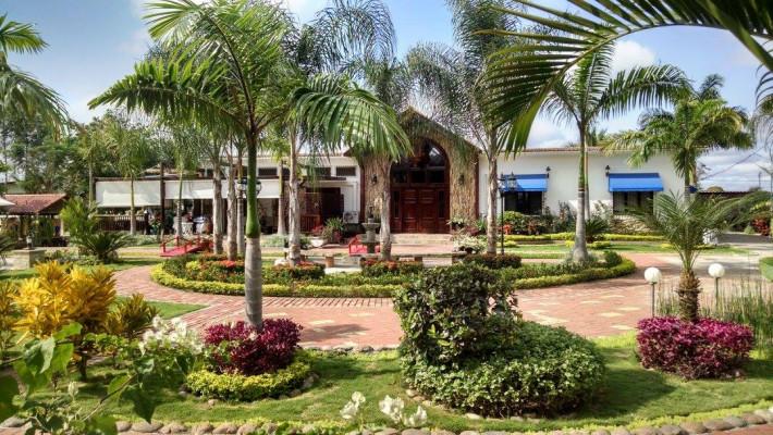 Villa salamanca guayas ecuador venue report for Villas 400 salamanca