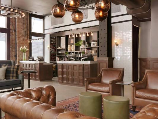 Q&C Hotel/Bar
