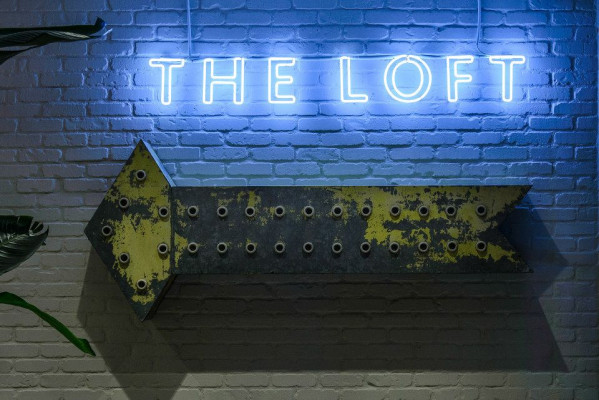 The Loft At Earls