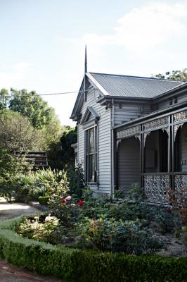 Ellis House
