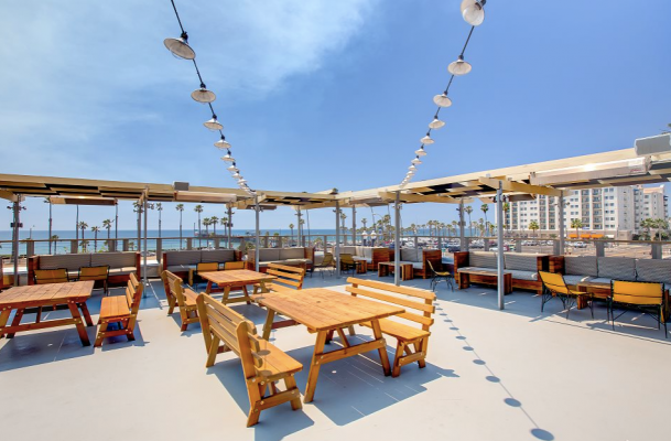 Hello Betty Fish House | Townsite, Oceanside, California, United States - Venue Report