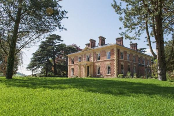 Garthmyl Hall