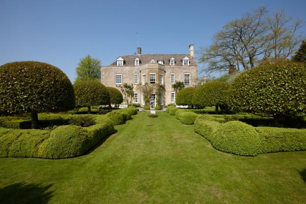 Cornwell Manor