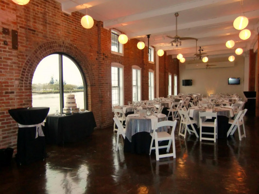 The Riverroom Riverfront Wilmington North Carolina