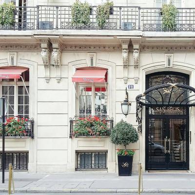 hotel san regis paris - @brandieraasch.jpg