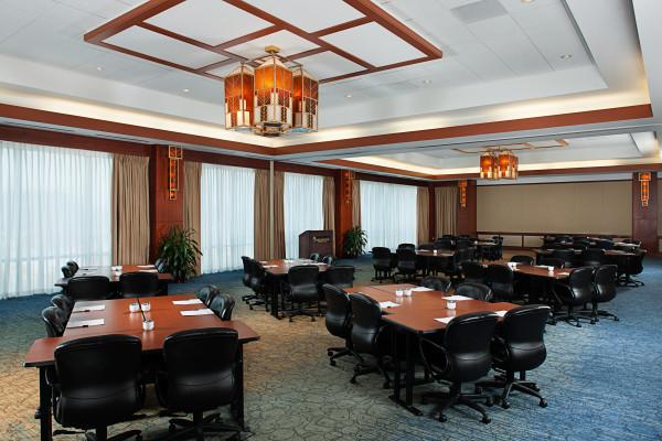 Eaglewood Resort & Spa