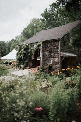 Caswell Farm Wedding Barn Gray Maine United States Venue Report