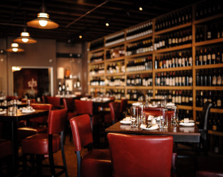1313 Main Restaurant & Wine Bar